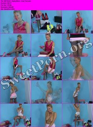 PinUpWOW.com 2007-08-25 - Hayley-Marie - Cosy Toes Thumbnail